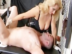 uk domme